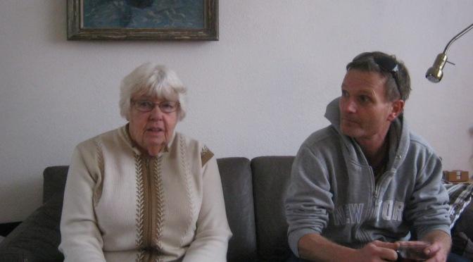 Twee bewoonsters van Betondorp aan het woord over de hulp die zij krijgen bij het tuinieren