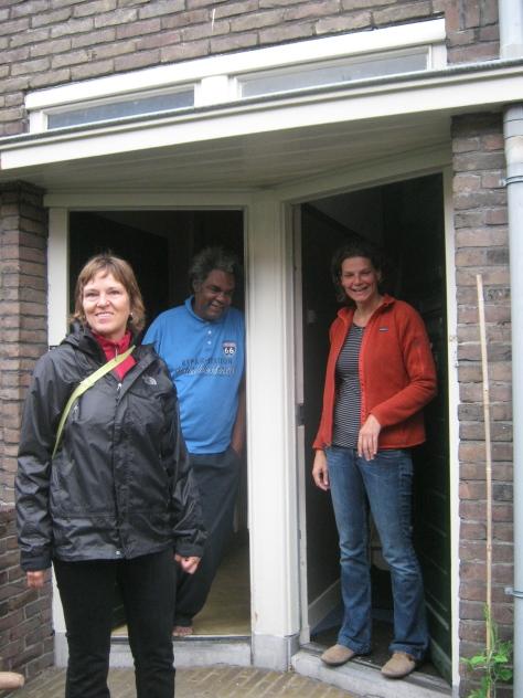 Wijkmeester, buurman en buurvrouw: vandaag worden voor- en achtertuin opgeknapt